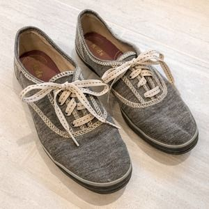 Keds Classic Gray Lace Up Sneakers Size 6.5